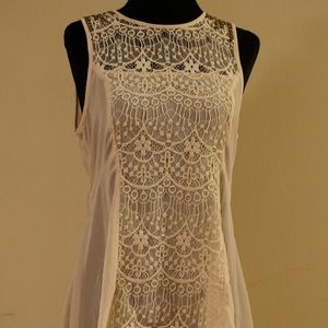 Delicate top with lace and rivets
